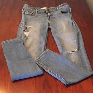 Size 9R Ripped Skinny Jeans